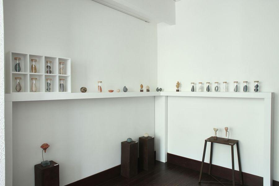 http://gallery-su.jp/exhibitions/%E4%B8%8A%E7%94%B0%E4%BA%9C%E7%9F%A2%E5%AD%90%20%EF%BC%97.jpg